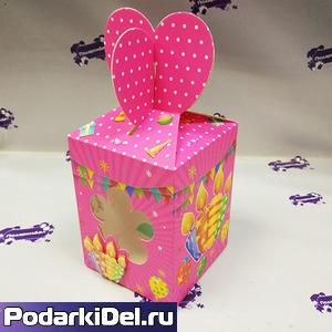 """Коробка подарочная для КРУЖКИ с окном """"Праздник"""" розовая"""